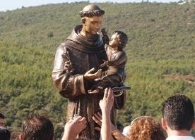Figura św. Antoniego z Padwy w sanktuarium Lac, Marek Piekara /GN
